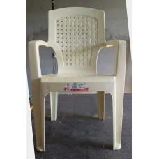 كرسي بلاستيك قوي